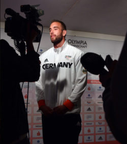 Daniel Jasinski being interviewed at the German House after winning his bronze medal © picture alliance